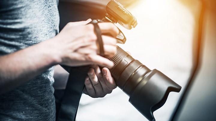 """إدعم مشروع تجهيز قسم الأخبار بأحدث """"DSLR Digital Camera"""""""