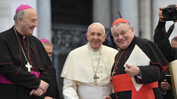 البابا فرنسيس يطلب الصّلاة على نيّة زيارته إلى تايلاند واليابان
