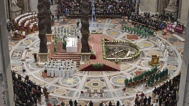 البابا فرنسيس في اليوم العالميّ للفقراء: الفقراء يسهّلون لنا دخول السّماء