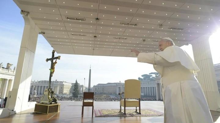 البابا فرنسيس: لكي نحمي الحياة علينا أن نحبّها