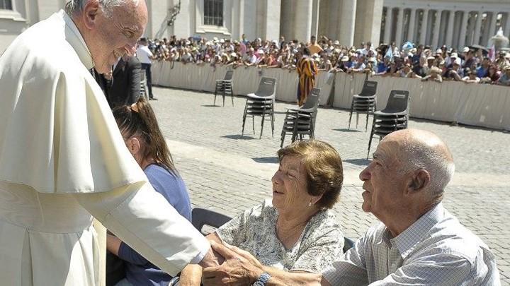 في اليوم العالميّ لذوي الاحتياجات الخاصّة رسالة من البابا فرنسيس