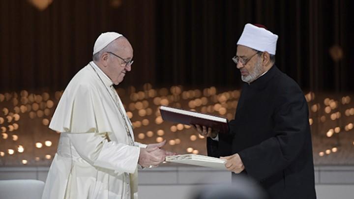 البابا فرنسيس وشيخ الأزهر يقترحان الرّابع من شباط/ فبراير يومًا عالميًّا للأخوّة