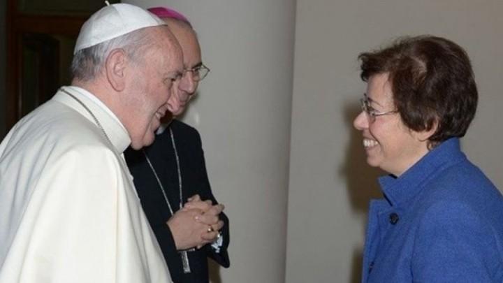 المرأة في مركز القرار داخل الفاتيكان... قرار جريء للبابا فرنسيس!