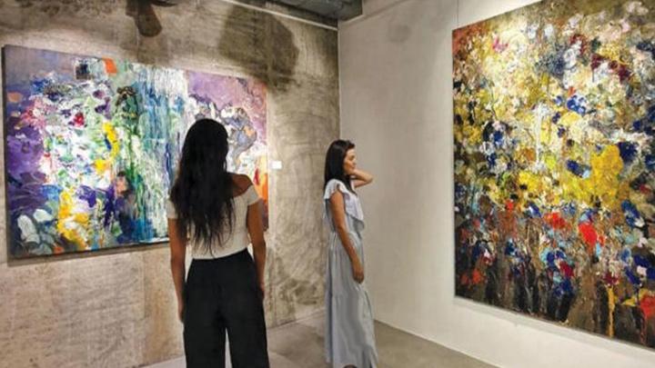مساحة للفنانين التشكيليين الأرمن تجتذب تفاعلًا في وسط بيروت