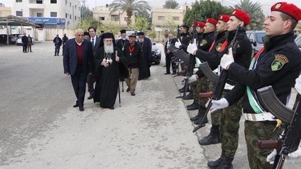 البطريرك ثيوفيلوس يحتفل في موقع المغطس بعيد الظهور الالهي..