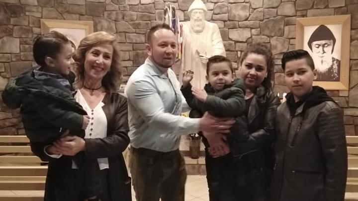 زيارة ذخائر مار شربل إلى كنيسة مار يوسف- أميركا غيّرت مسار حياة الكثيرين