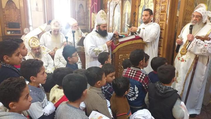 44 شمّاسًا جديدًا في أبرشيّة الفيّوم للأقباط الأرثوذكس