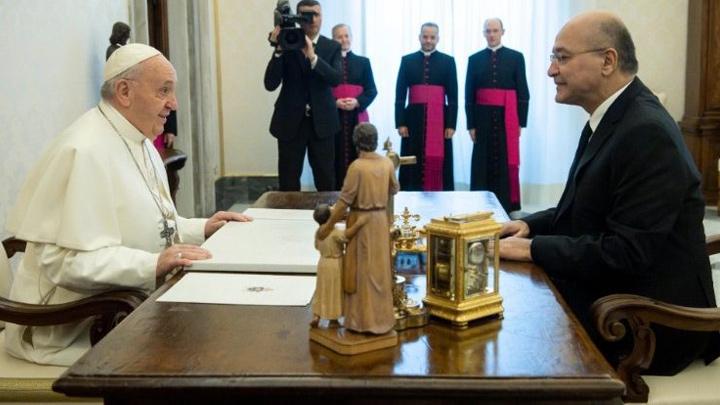 بمَ أوصى البابا فرنسيس الرّئيس العراقيّ؟