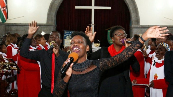 في كينيا تأكيد على دور المرأة في الحياة الاجتماعيّة والدّينيّة
