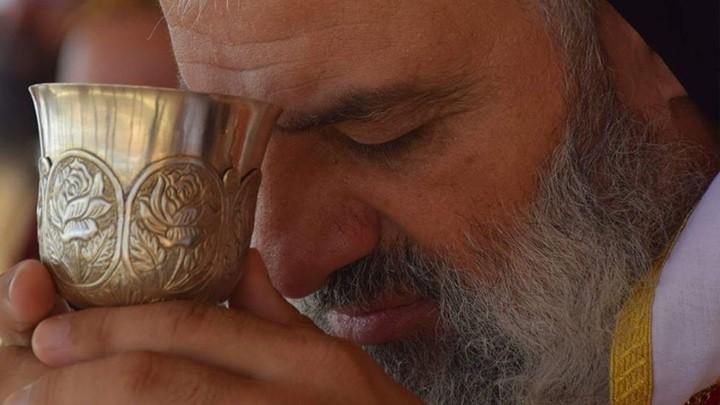 كيف تتعامل بطريركيّة السّريان الأرثوذكس في دمشق مع انتشار كورونا في العالم؟