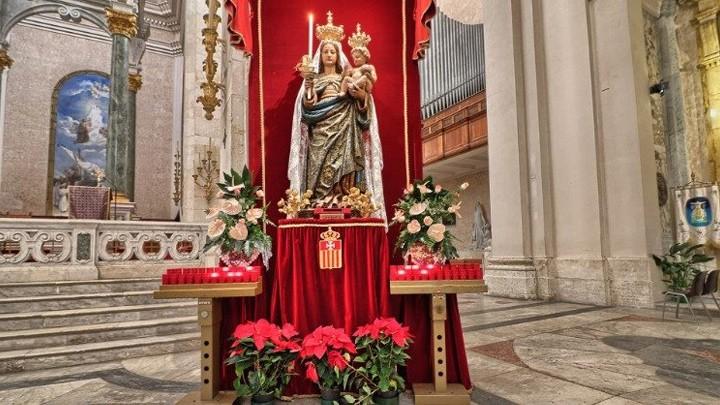 قبل 650 سنة، مريم باركت جزيرة إيطاليّة