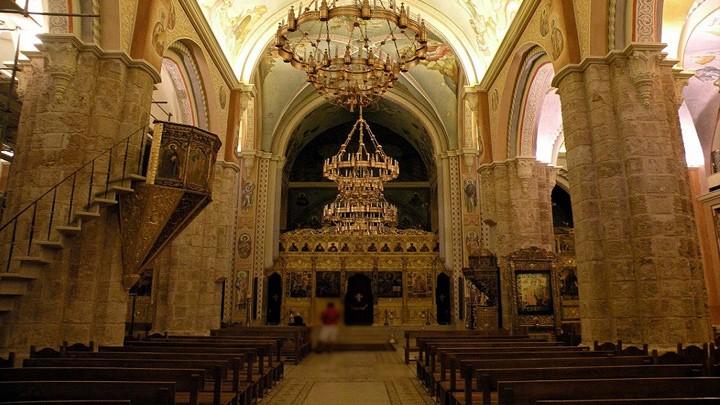 هكذا يحيي القدّيس جاورجيوس للرّوم الأرثوذكس الأسبوع العظيم والفصح!