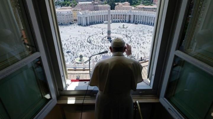 في أوّل مشاركة لهم بصلاة الأحد بعد الحجر الصّحّيّ، هذا ما قاله البابا فرنسيس!