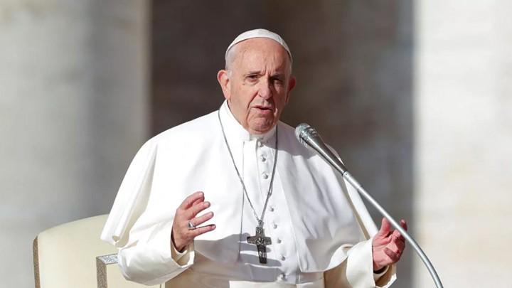 البابا فرنسيس: بالعنف لا يمكننا أن نحقق شيئًا
