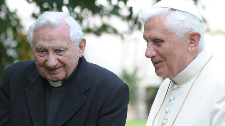 غدًا ألمانيا تودّع شقيق البابا الفخريّ فهل يحضر الدّفن؟