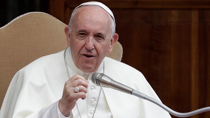 البابا فرنسيس يتحدّث عن حبّ الكتاب المقدّس
