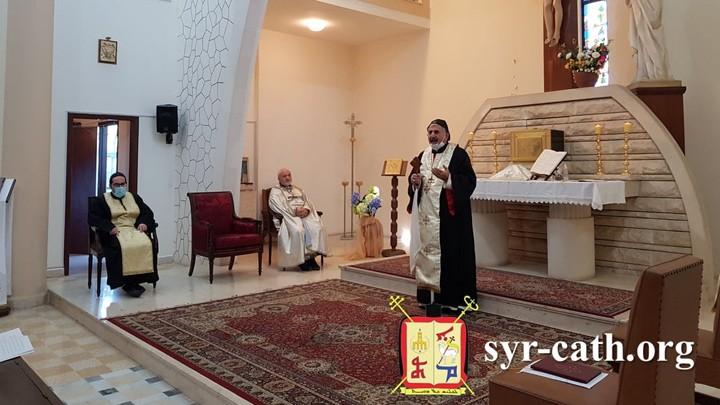 يونان ترأّس قدّاس الأحد في بطحا بحضور وفد من النّيابة البطريركيّة في تركيا