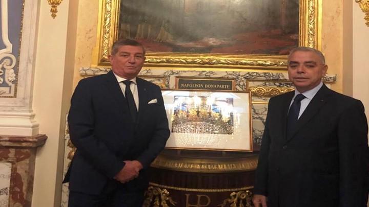 الجمعية العمومية لأعضاء جوقة الشرف في العالم التأمت في باريس: دعم للبنان بعد انفجار المرفأ وميدالية تذكارية لعائلة ميشال إده