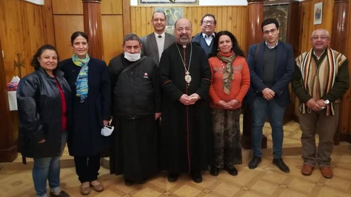 البطريرك إسحق يلتقي بلجنة البحث العلميّ في لجنة الأسرة الأبرشيّة البطريركيّة