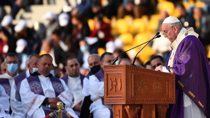 البابا فرنسيس من أربيل: اليوم، أستطيع أن أرى وألمس لمس اليد أنّ الكنيسة في العراق حيّة، وأنّ المسيح حيّ فيها