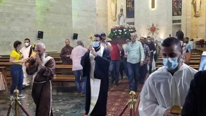 إستقبال ذخيرة من زنّار العذراء مريم في المطرانيّة الكلدانيّة- بعبدا