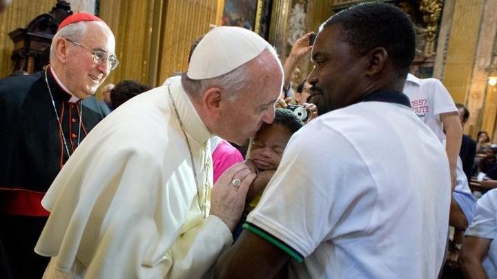 صدور رسالة البابا فرنسيس لليوم العالميّ للمهاجرين واللّاجئين