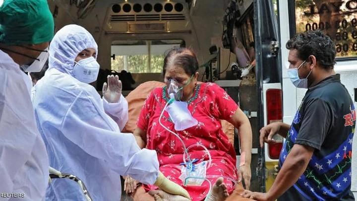 البابا قريب من الهند الرّازحة تحت خطر الوباء