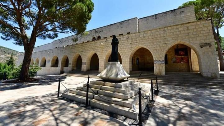 دير مار يوسف- جربتا يصلّي في عيد قلب يسوع!