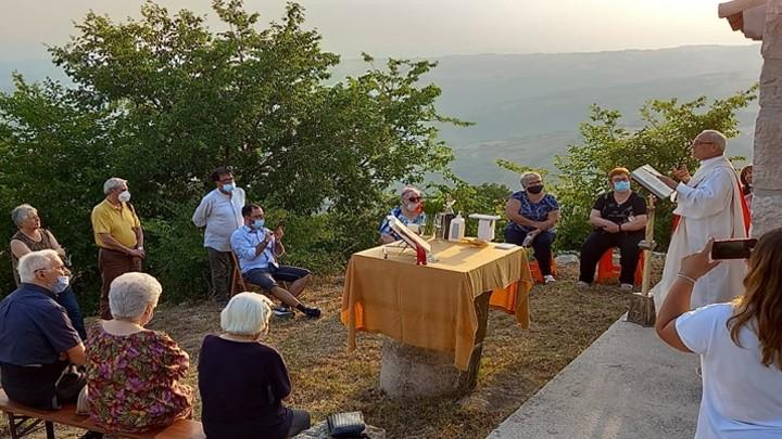 في موناشيليوني- جنوب إيطاليا صلاة من أجل لبنان وشعبه
