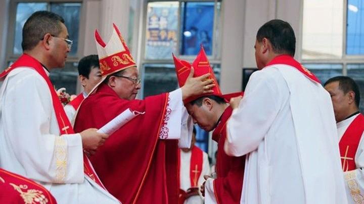 الكنيسة الكاثوليكيّة في الصّين تحتفل بسيامة الأسقف الخامس بعد توقيع الاتّفاق بين الكرسيّ الرّسوليّ والصّين