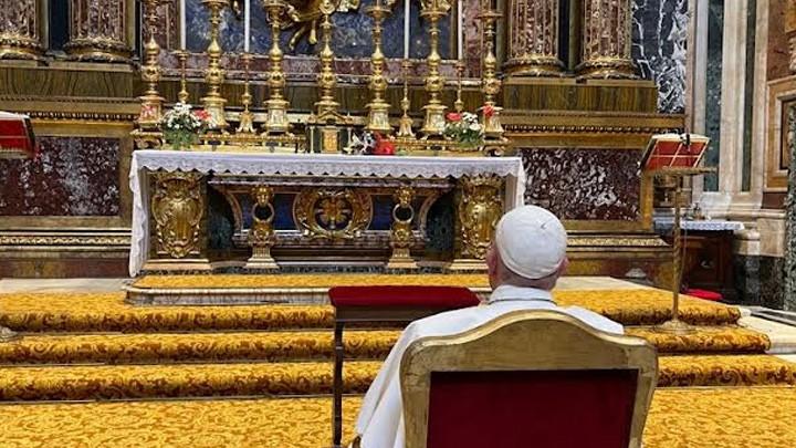 كما قبل سفره كذلك بعد عودته، البابا يشكر مريم العذراء