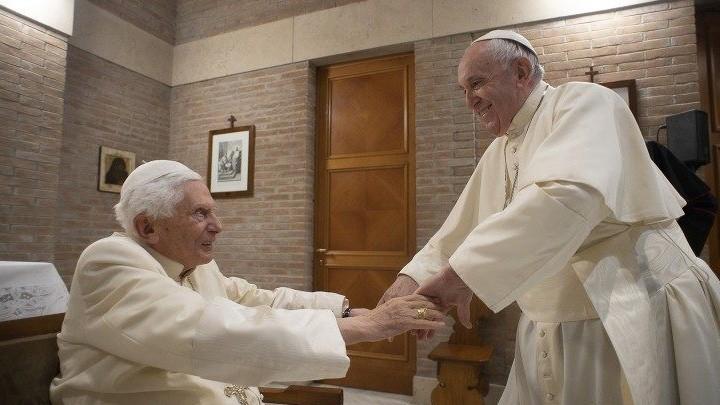 كتاب جديد لبنديكتوس السّادس عشر والبابا فرنسيس يمهّد له