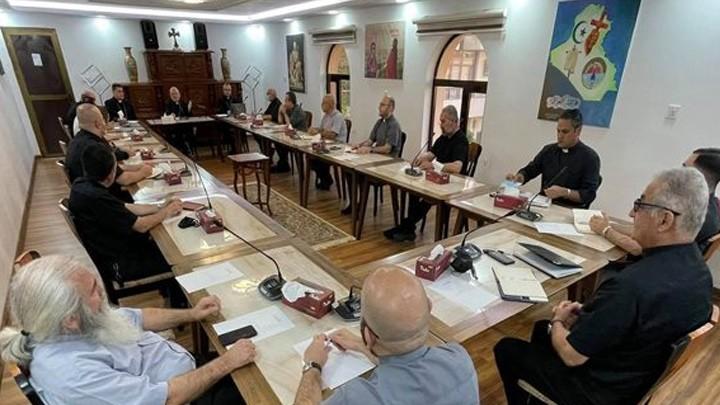 البطريرك ساكو اجتمع مساءً بكهنة بغداد