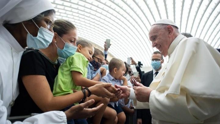 البابا فرنسيس لمؤمني أبرشيّة روما: أتركوا الأبواب والنّوافذ مفتوحة!