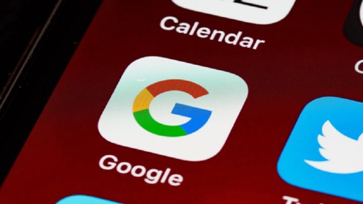 """غوغل تحظر 150 تطبيقًا ينبغي على الملايين من مستخدمي """"أندرويد"""" حذفها فورًا!"""