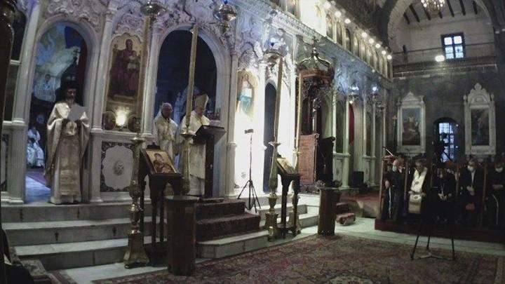 ساندري مصلّيًا في دمشق: لنوال عطيّة السّلام وإعادة الإعمار المنشودة في القلوب أوّلاً وفي المباني